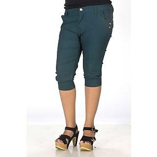 TrendBAE Cotton Capri - Green