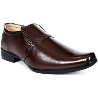 117 Leg Guard Front Strap Brown Slip On Shoe