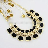 New Coming Gold Alloy Fashionable Hollow Out Enamel Punk Statement Necklace
