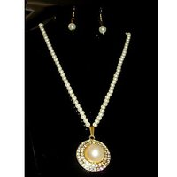 White Pearl Necklace With Beautiful Pendant And Ear Rings