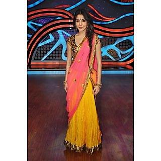 ANUSHKA SHARMA LEHENGA  PInk And Yellow Bollywood  REPLICA. Saree