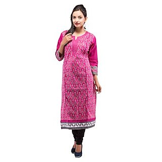 Rash Collection Pink Cotton Printed Round Neck 3/4 Sleeves Long Kurti