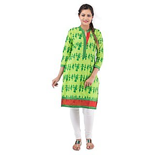 Rash Collection Green Plain Cotton Collar Neck 3/4 Sleeves Long Kurti