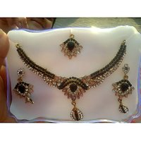 Combination Of Black And Beautiful Kundan Work  Jewellery Set