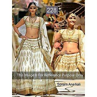 Bollywood Replica Elegant Party Wear Saree B5228