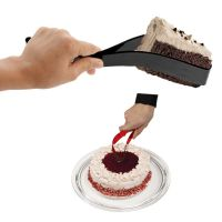 Cake Cutter And Server For Cakes And Pastries (Inovative Kitchen Tool Award)