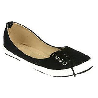 Zachho Women Black Slip On Casual Shoes