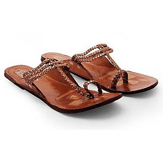 Women Copper Color Light Weight Kolhapuri Chappal 334 {Size:6}