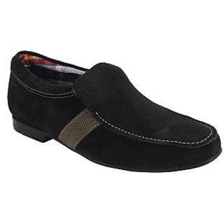 Guava Sleek Suede Loafers – Black