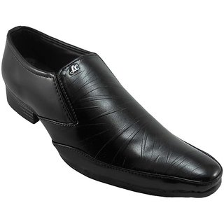 B3trendz Amazing Black Slip-on Formal Shoes For Men