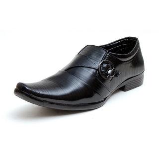 00RA Black With Fine Lining Design & Buckle Slip On Formal Shoes For Men