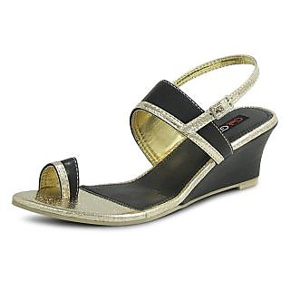 Get Glamr Designer Black Sandals