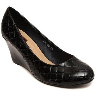 FLat N Heels Black Wedges