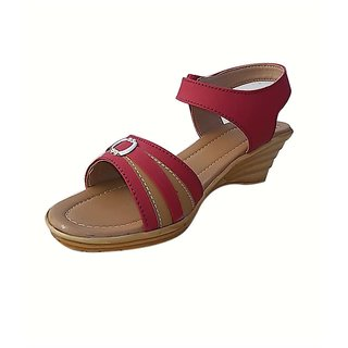 Maroon Leather Low Heel Casual Chappals For Women