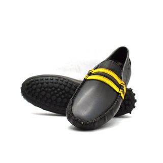 Zoot24 Men Black Loafers And Moccasins (D55LINOZ1-YELLOWLINE)