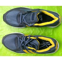 Star Impact Running Shoes Size 4