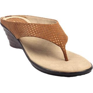 La Mere WomenS Tan Casual Slip On Heel Sandals (LA-545)