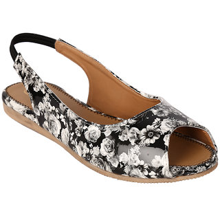 Jade WomenS Black Casual Slip On Sandals (JDB126-Black)