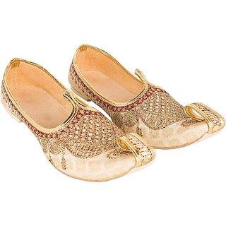 Skylyf Jariwali Handmad Wedding Ethnic Mojari Mozari Jutti Juti Jooti Footwear