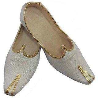 Skylyf White Ethnic Mojari Mozari Jutti Juti Jooti Footwear