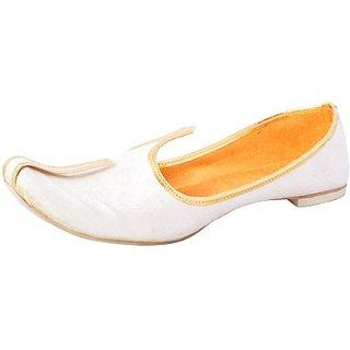 Skylyf White Colour Ethnic Mojari Mozari Jutti Juti Jooti Footwear