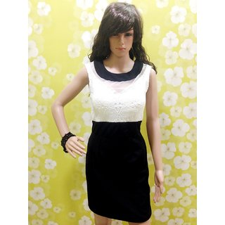 Black Style Wave Top-Designer-one-piece-with-elegant-look  Black And White